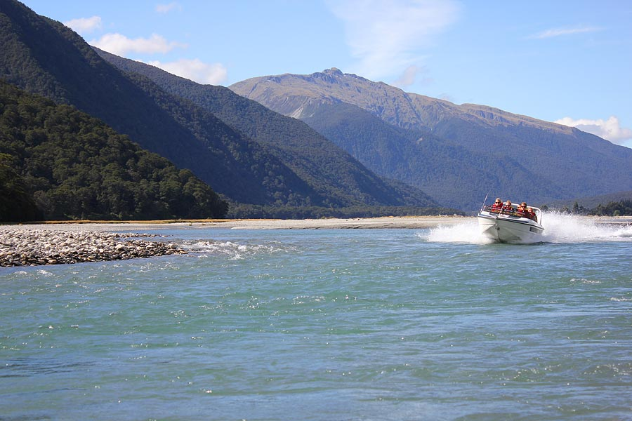 wJetboating-Makarora-River